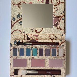 Sigma Beauty Paris Makeup Palette